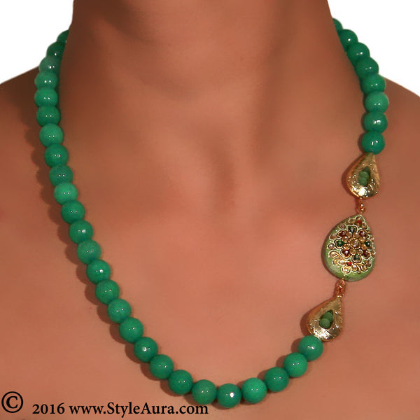 Green Onyx string with side Gold plated beads with Kundan Meenakari Agate stone 2