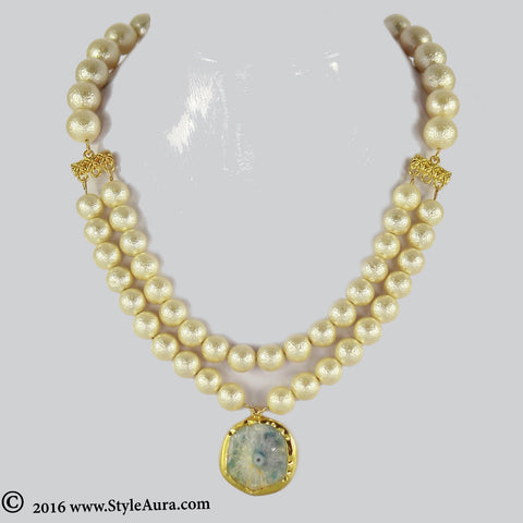Off white Gold texture Pearl two layer Choker with center Blue Natural Druzy stone pendent in Gold frame 1