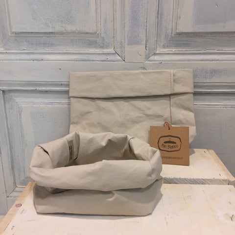 "Saco PAPER BAG MEDIUM "" UASHMAMA """