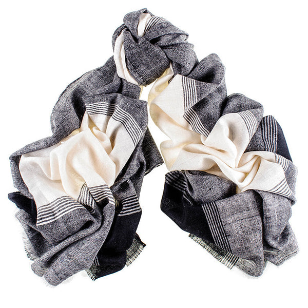Black and Cream Cashmere Ringshawl