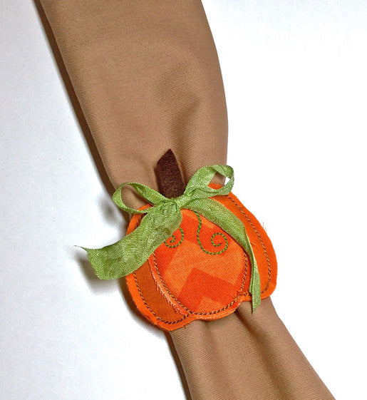 DIY In-the-Hoop Pumpkin Napkin Rings by Lisa Archer