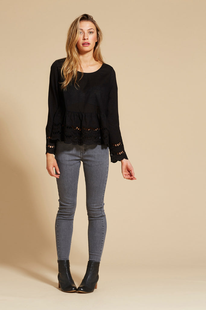 isle of mine  MOULIN SCALLOP TOP - the clothing edit