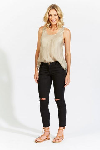 isle of mine MEDAK CROP PANT  black - the clothing edit