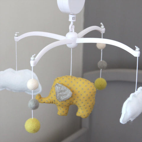 Musical Mobile Pouce & Lina - elephant and yellow pompons