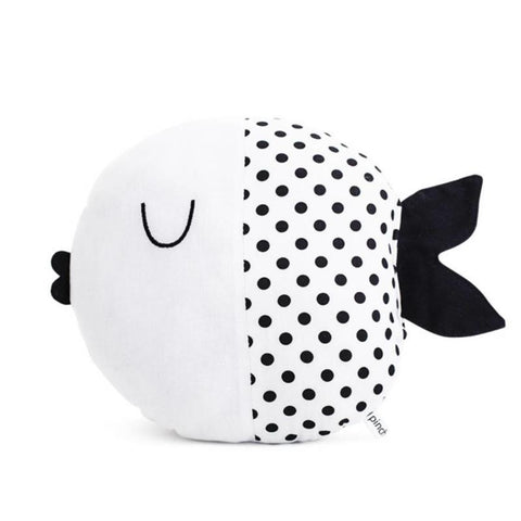 Pinch Toys cotton fish Wanda in White with Black dots