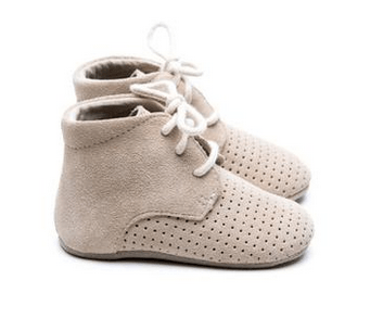 MOCKIES - Classic Boots Perforated Beige