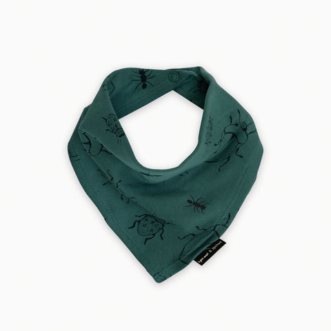 Sproet & Sprout - Bandana Bib Bugs Allover Forrest Green