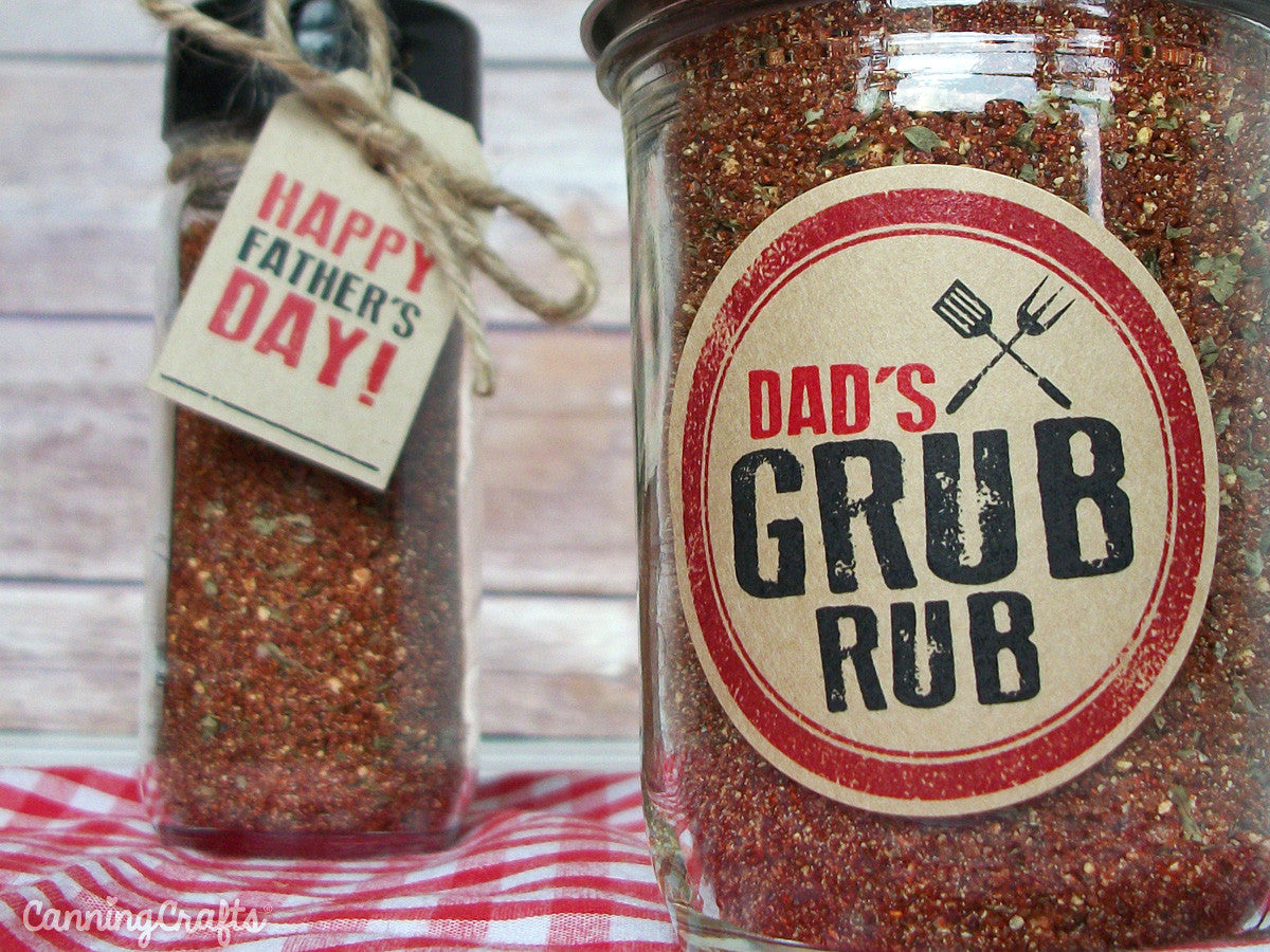 Father's Day BBQ Spice Rub Recipe with FREE printable tags & labels | CanningCrafts.com