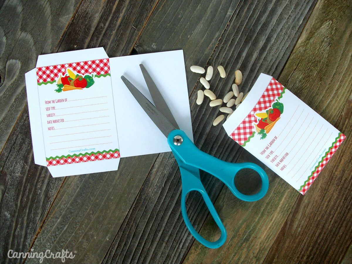 Free Printable Seed Saver Packet from CanningCrafts.com