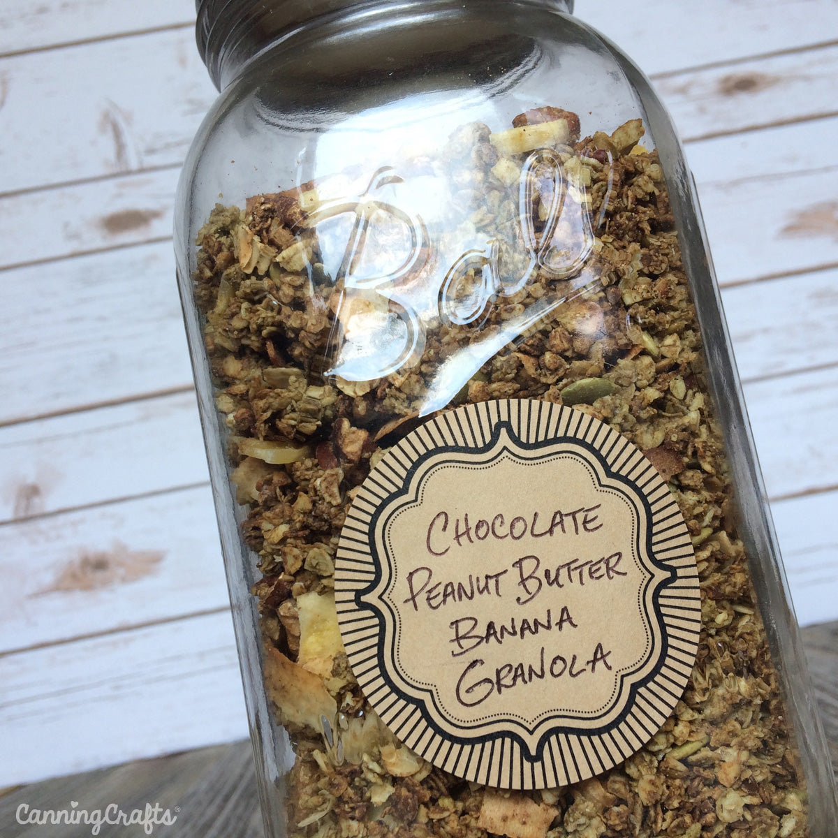 Chocolate Peanut Butter Banana Granola Recipe | CanningCrafts.com