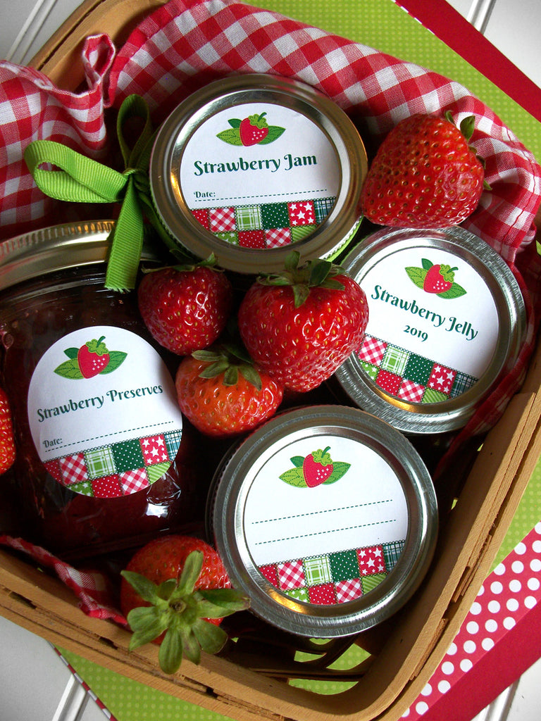 Country Quilt Strawberry Canning Labels | CanningCrafts.com