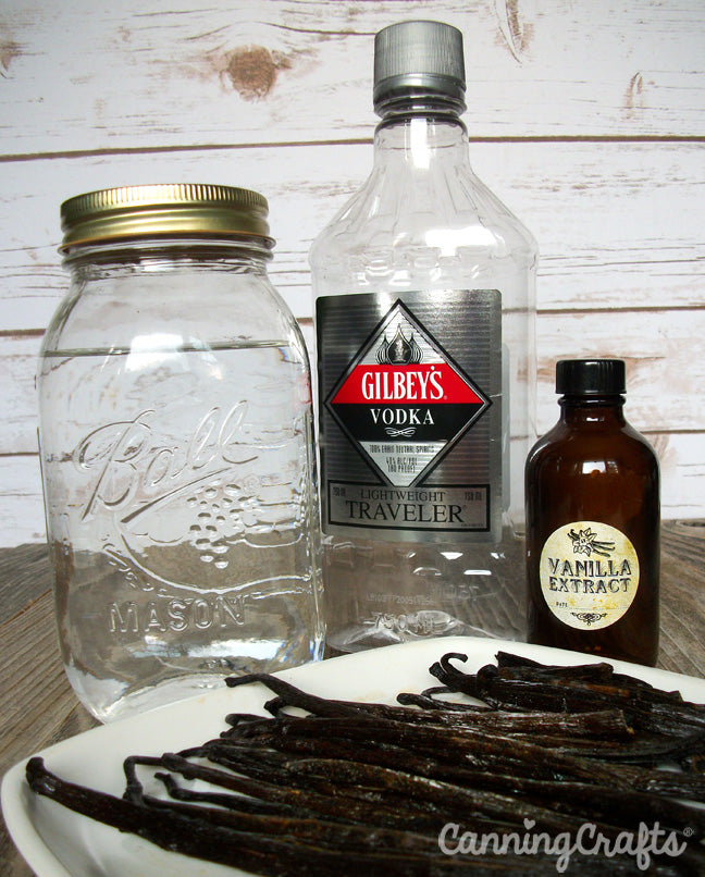 DIY homemade vanilla extract recipe | CanningCrafts.com