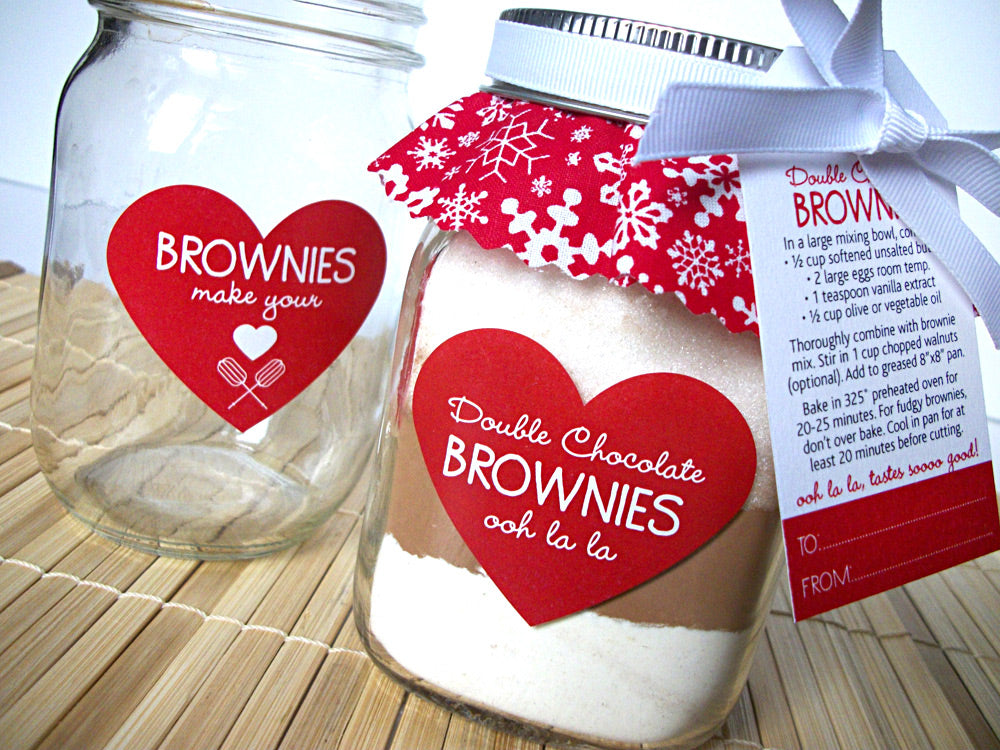 DIY Christmas Brownie Mason Jar Gift | CanningCrafts.com
