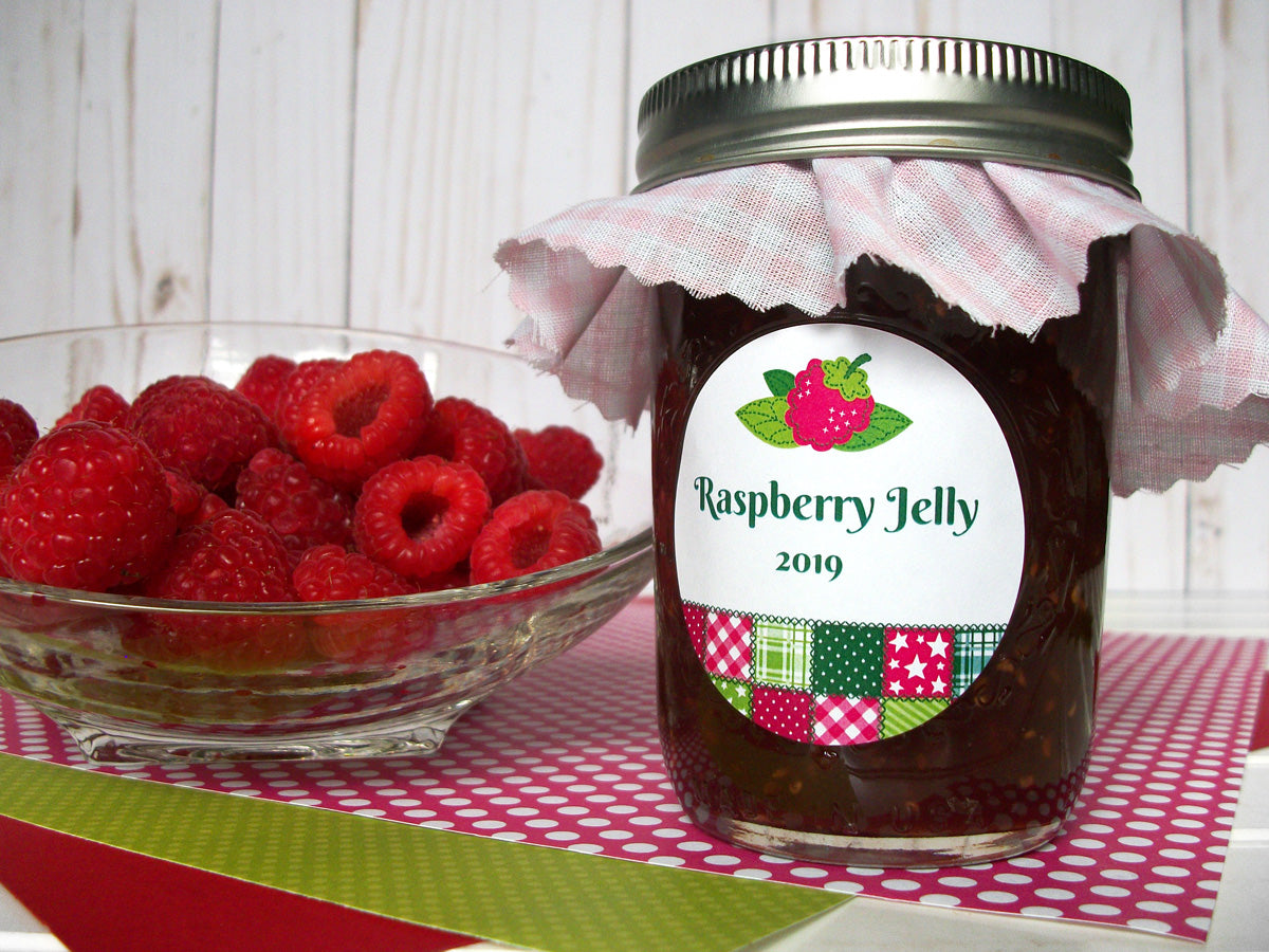 Country Quilt Raspberry Jelly Jar Labels | CanningCrafts.com