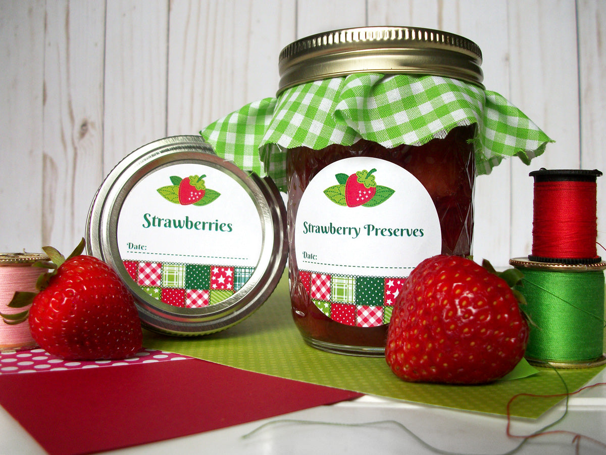 Country Quilt Strawberry Preserves Canning Labels | CanningCrafts.com