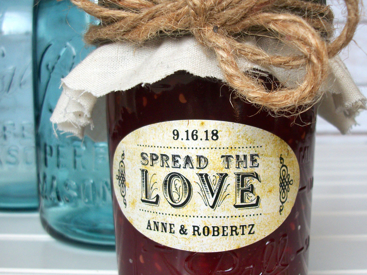 Vintage Oval Spread the Love wedding canning labels | CanningCrafts.com