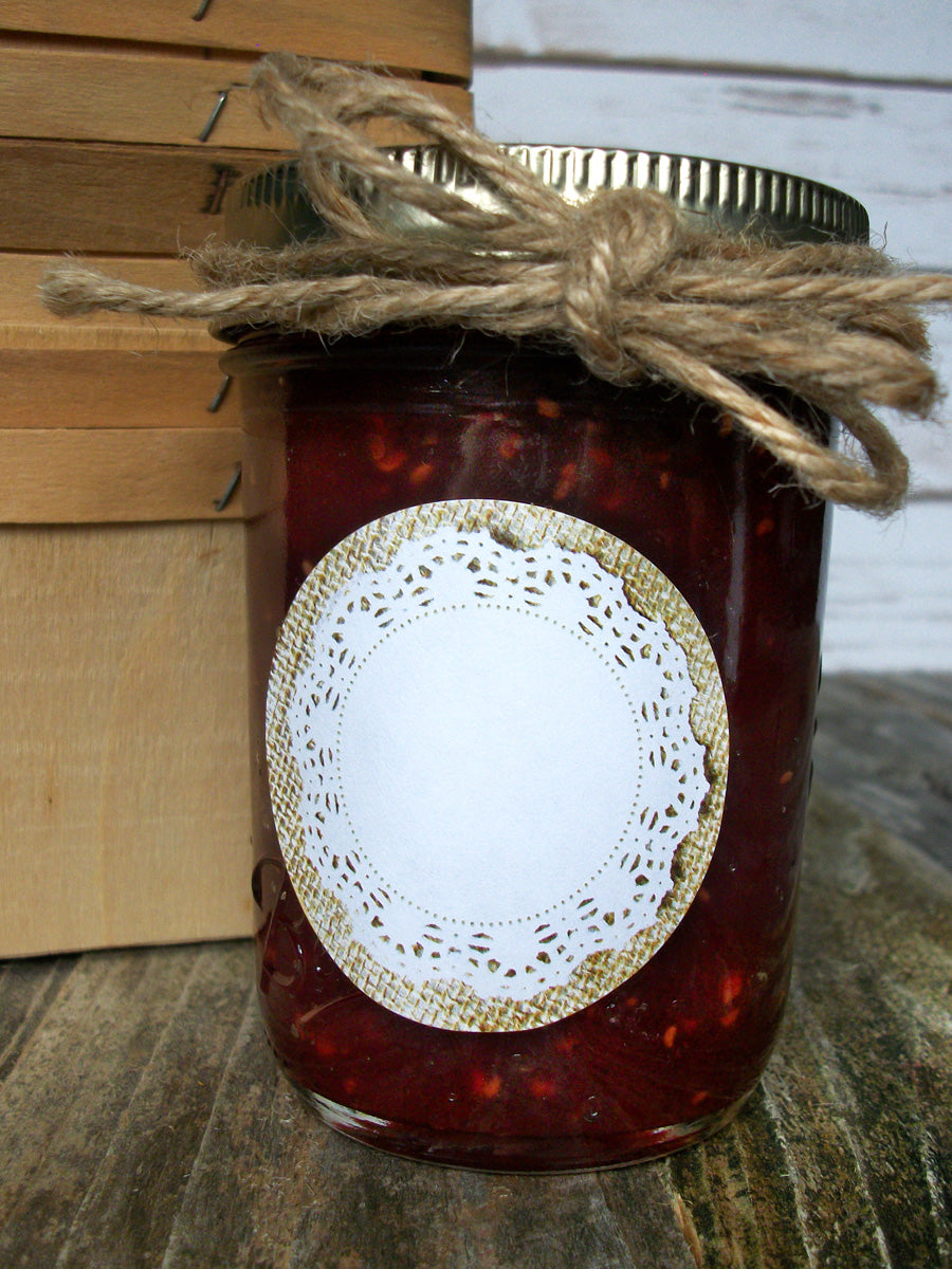 Cottage chic burlap doily jam & jelly jar canning labels | CanningCrafts.com