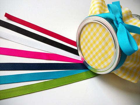 Color Grosgrain Ribbons for jam jar favors | CanningCrafts.com