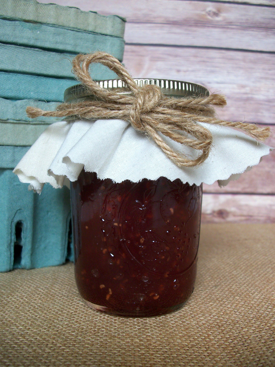 White Muslin Jam Jar Covers for wedding & shower favor jars | CanningCrafts.com
