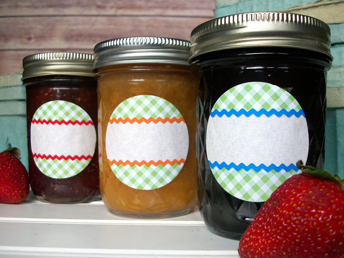 Scalloped Gingham Canning Labels | CanningCrafts.com