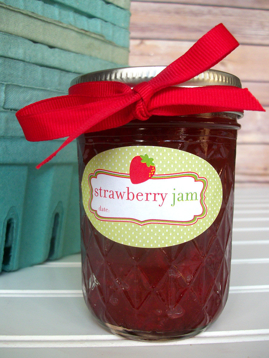 Oval Strawberry Jam Canning Labels for quilted jam jars | CanningCrafts.com