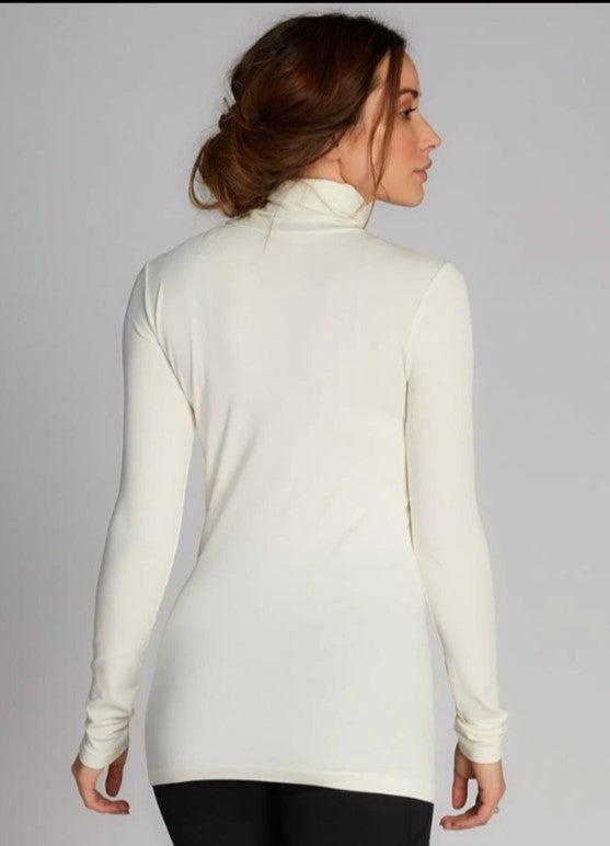 Bamboo Turtle Neck: Ivory: One Size