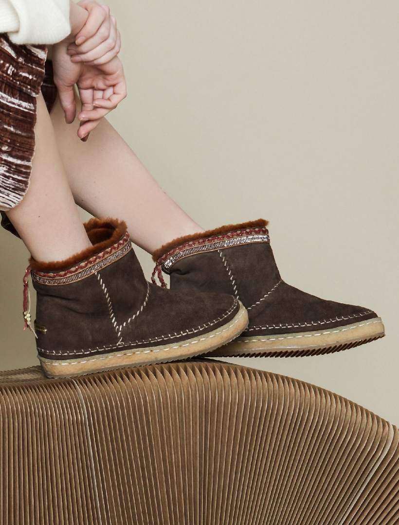Nyali Classic Pull On Ankle Boot Cocoa Suede