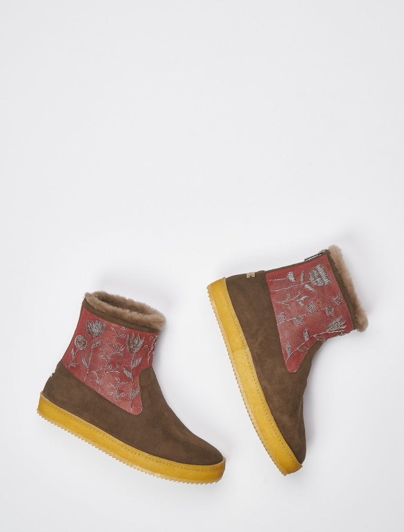 Raigan Meadow Back Zip Ankle Boot Choc Suede