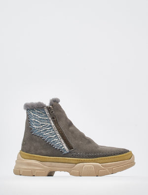 Setsu Emb 2.0 Side Zip Grey Suede