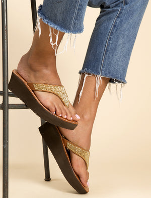 Craine Wedge Mid Brown Gold