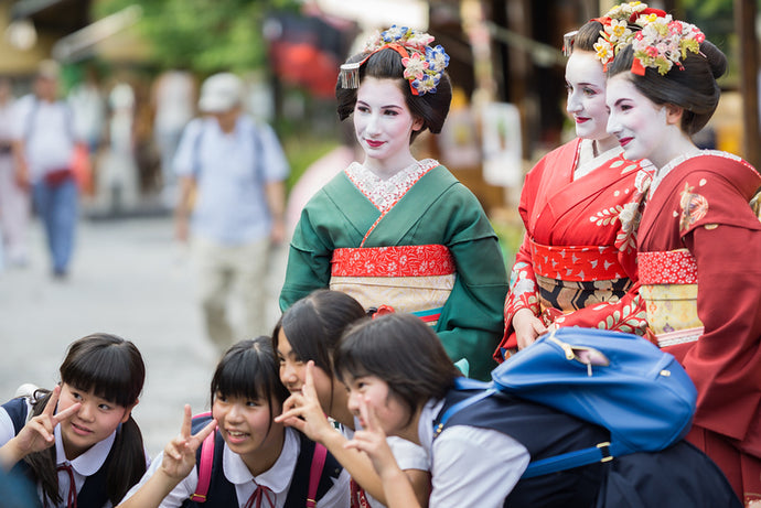 Could a foreigner wear a kimono? Is It Cultural Appropriation?