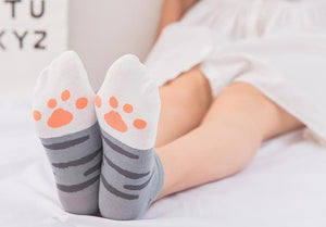 Kawaii Cute ankle socks- Cat paws Grey Stripes