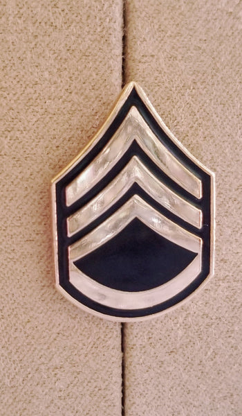 Army Staff Sergeant E-6 (SSG) Lapel Pin