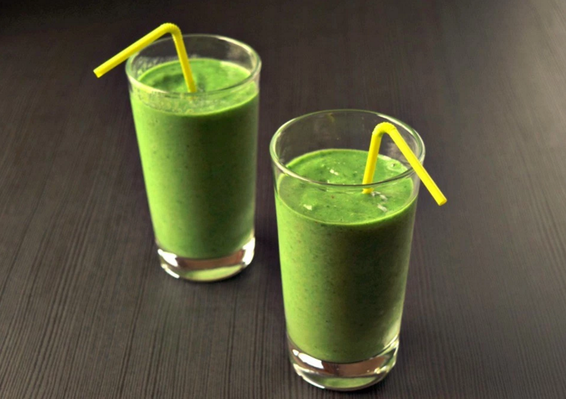 Tropical Pineapple Spinach Smoothie