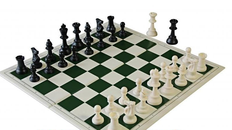 Tournament PVC Folding Chess Set for <span class=money>£10.49 GBP</span> at Chess4Schools