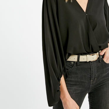 WL black top with sleeve detail