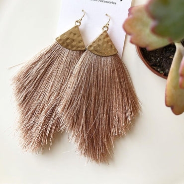 Boho Tassles in blush