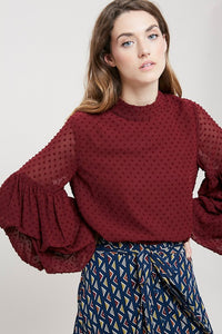 3/4 bubble sleeved clipspot top in burgandy