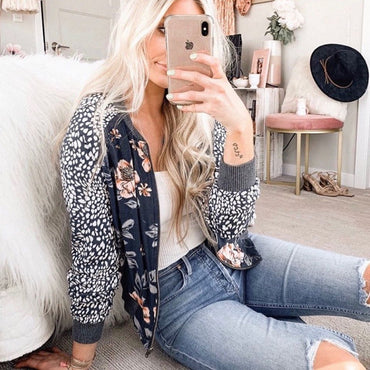 Adorable bomber floral jacket