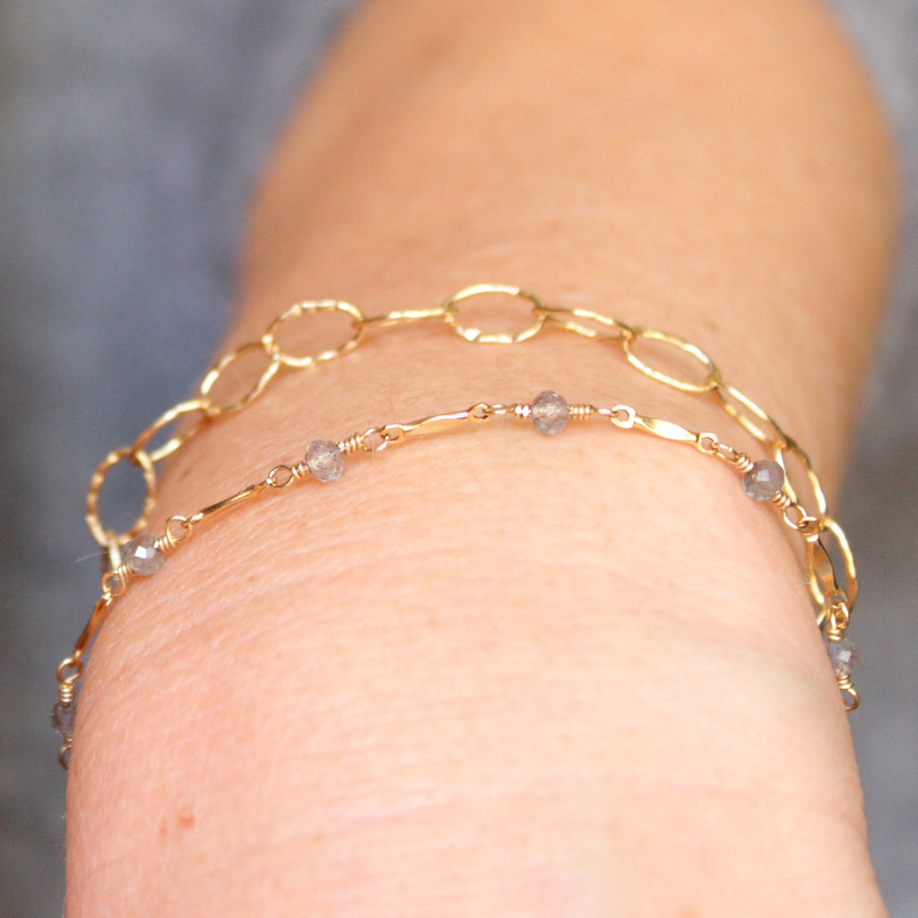 Dapped Bar & Gemstone Chain Bracelet (Hinchley)