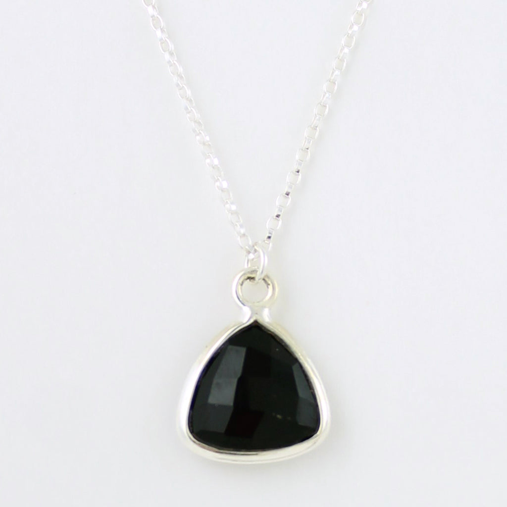 Silver Gemstone Necklace (anx)