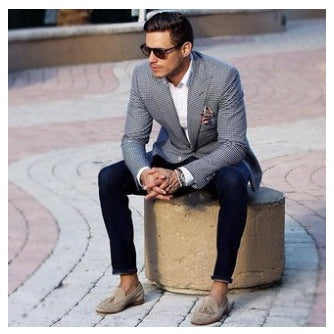 How to Wear Socks With Loafers - Read
