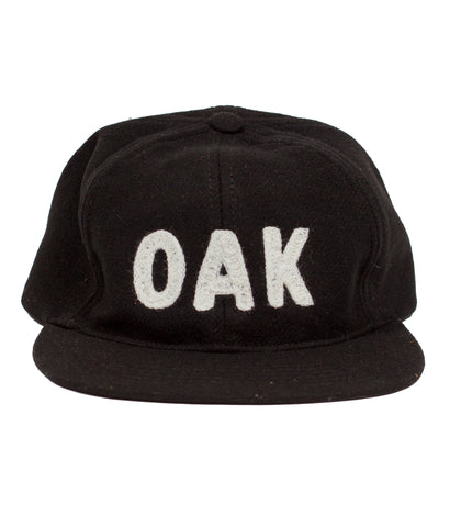 OAK Chain-Stitch Embroidered Cap - Black