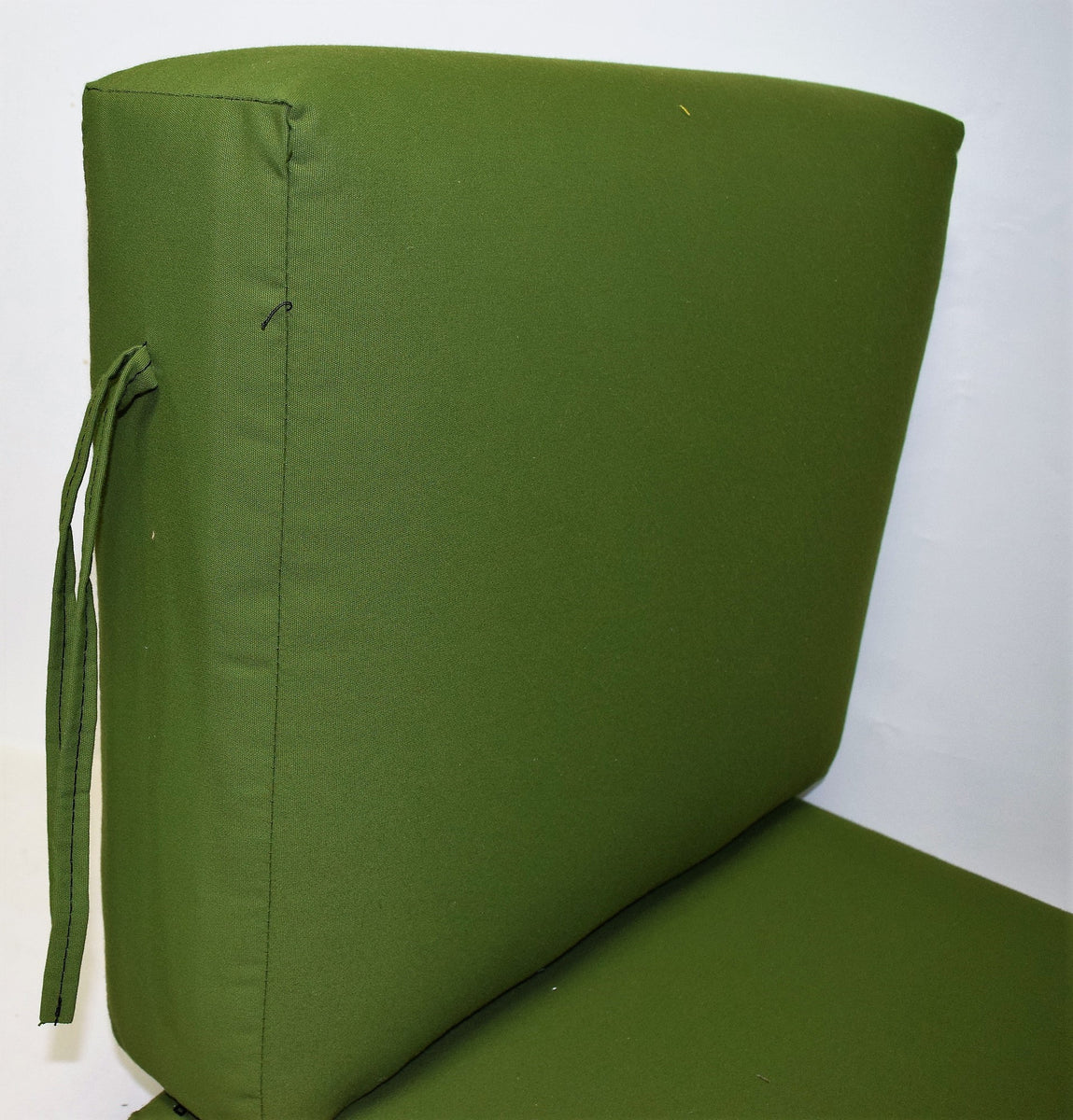 2 Piece 24 Wide X 26 Deep Seat X 20 High Back With Ties