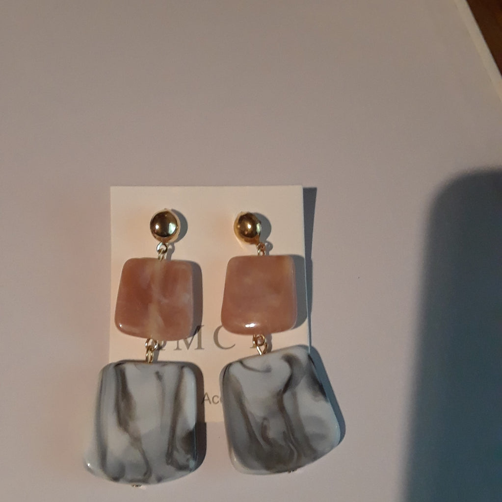 Marbled designed earrings