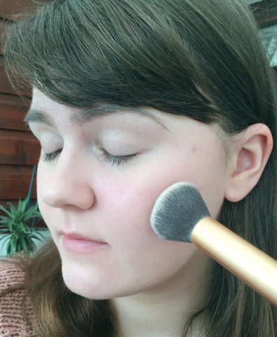 Base makeup - step 1