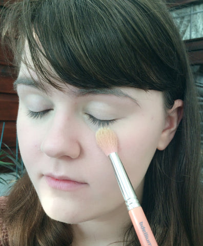 base makeup step 4