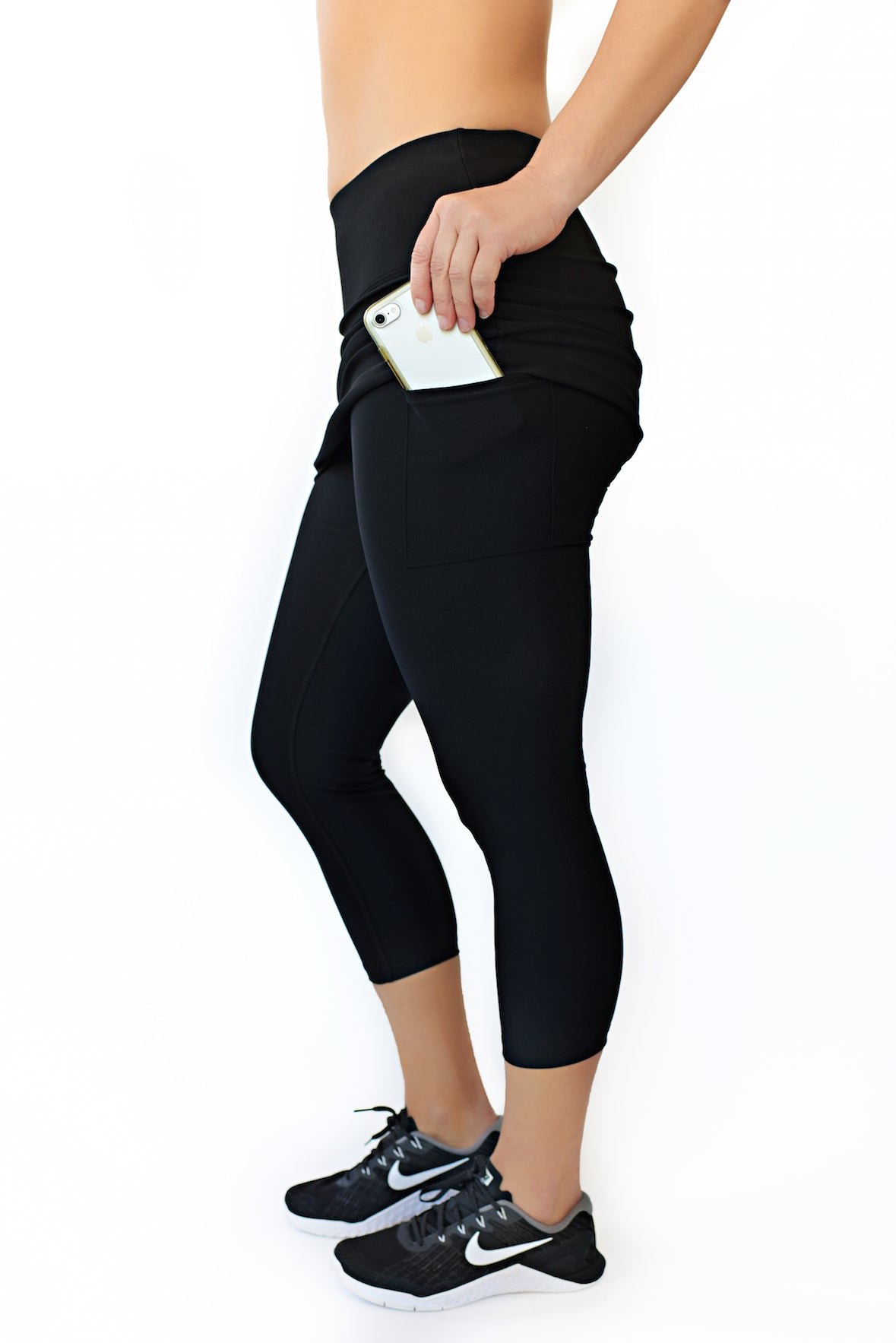 skirted running capri with pockets