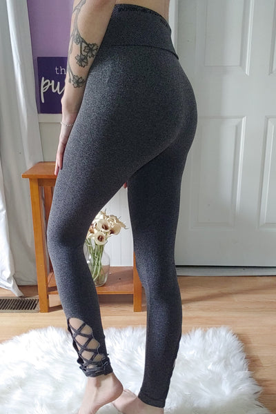 Laced Ankle Workout Leggings in Burgundy (S-XL)