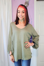 Load image into Gallery viewer, Olive Waffle 3/4 Sleeve Top (S-XL)